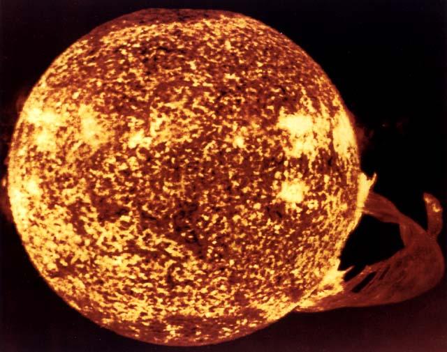 <img400*0:http://www.solarviews.com/browse/sun/sun.jpg>