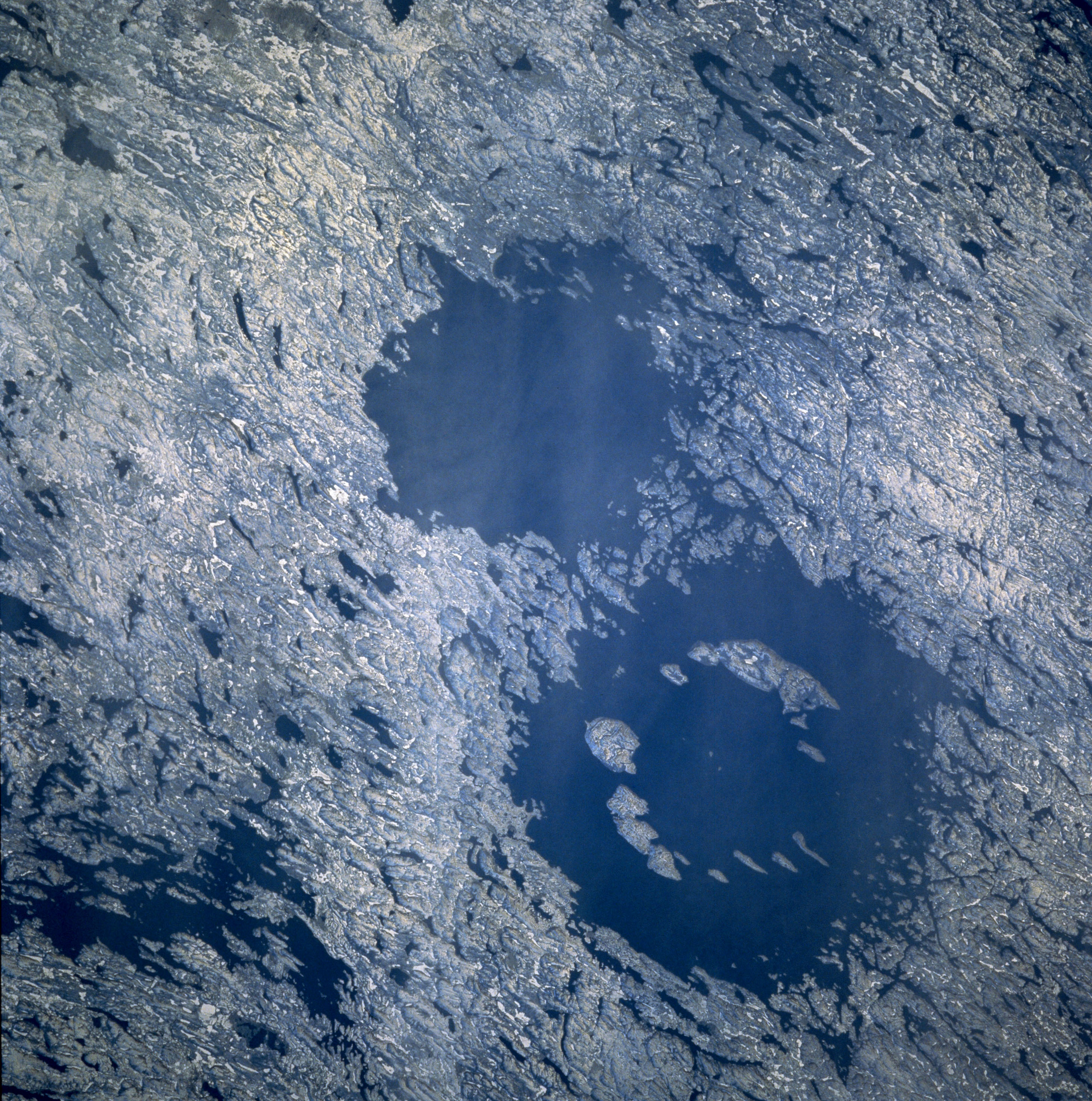 craters on earth produced by meteorites